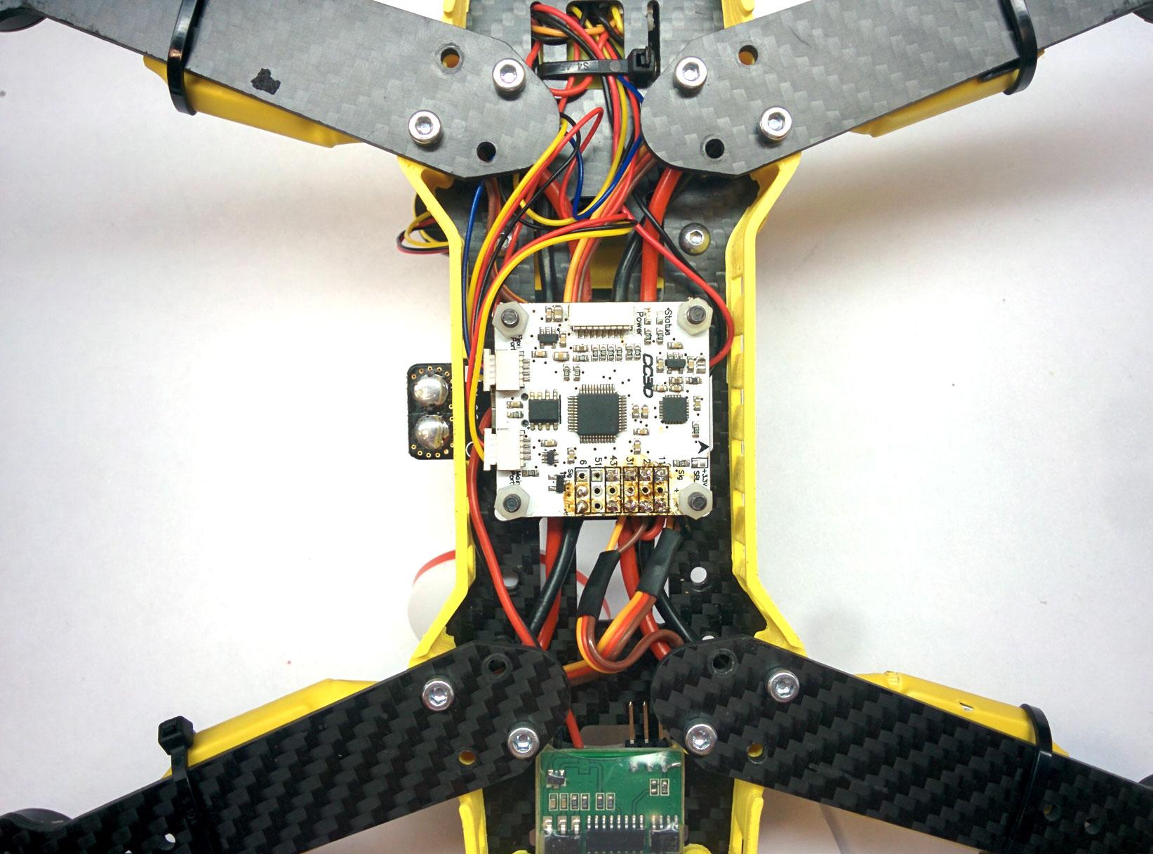Установка полетного контроллера