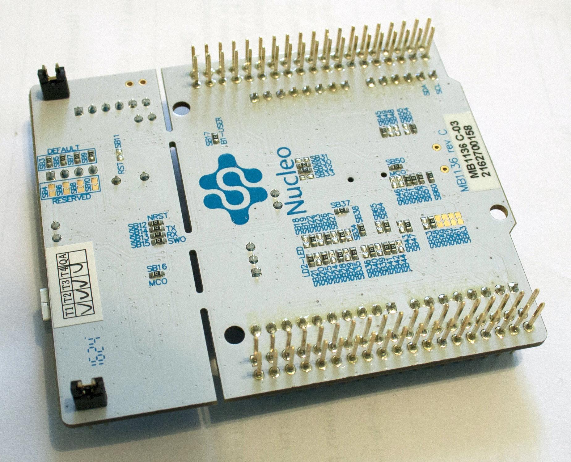 Nucleo-64 STM32F030 обратная сторона